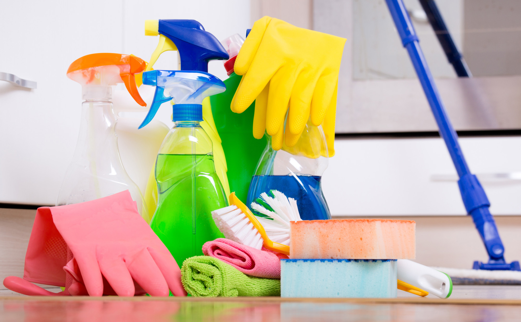 5 Safety Tips for Using Household Cleaning Products During COVID-19